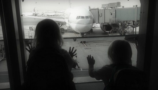 10 Commandments of Family Air Travel | BabyGlobetrotters.Net
