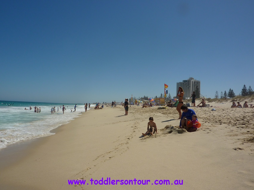 Perth beaches - Brighton beach | Perth with Kids | Explore My City | BabyGlobetrotters.Net