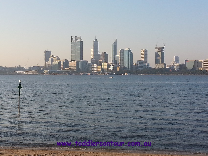Perth skyline | Perth with Kids | Explore My City | BabyGlobetrotters.Net